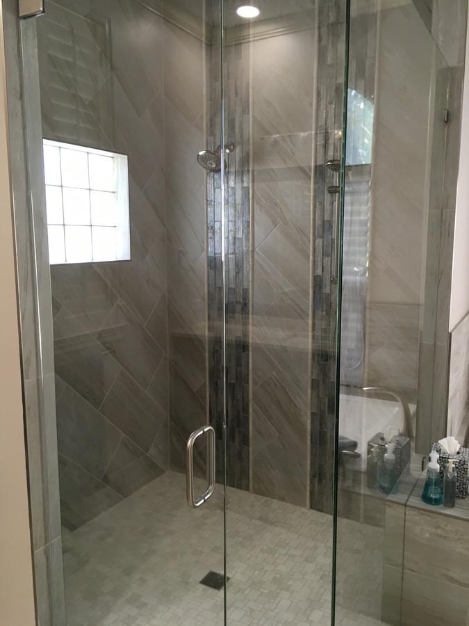 Resi Bath 1 (1)_900_90_resize