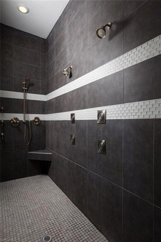 Schultz Shower